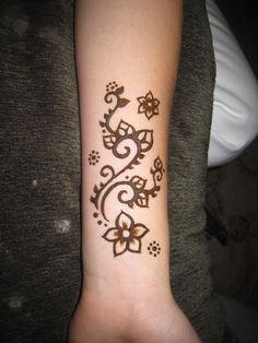 Pin by shinning stars on henna designs хна, татуировки хной, Mehndi Designs, Henna Designs Easy, Beautiful Henna Designs, Henna Tattoo Designs, Beautiful Tattoos, Trendy Tattoos, Small Tattoos, Tattoos For Women, Henna Mehndi