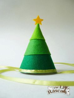 Items similar to Christmas Tree Party Hat Costume For Dogs on Etsy Diy Christmas Hats, Christmas Tree Costume, Christmas Kiss, Christmas Pageant, Preschool Christmas, Christmas Outfits, Christmas 2015, Gift Box Design, Diy Gifts For Boyfriend