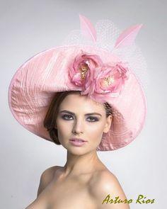 Pretty pink hat ♥