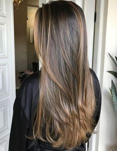 Are you going to balayage hair for the first time and know nothing about this technique? We've gathered everything you need to know about balayage, check! Brown Ombre Hair, Ombre Hair Color, Brown Hair Colors, Short Hair Styles Easy, Medium Hair Styles, Curly Hair Styles, Easy Hairstyles For Long Hair, Cool Hairstyles, Weave Hairstyles