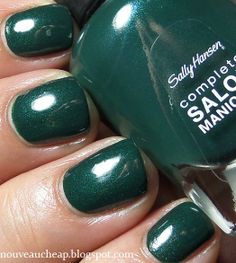 Swatches: Sally Hansen Complete Salon Manicure Nail Color in On Pines and Needles Cute Nail Colors, Manicure Colors, Nail Manicure, Cute Nails, Sally Nails, Sally Hansen Nails, Beauty Bar, Beauty Ideas, Beauty Tips