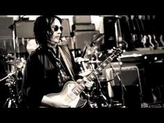 """""""Good Enough"""" video from Tom Petty, Mike Campbell and the Heartbreakers (MOJO)"""