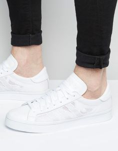 934691d08b84f adidas Originals Court Vantage Trainers In White S76659 at asos.com