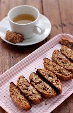 Crunchy, tasty and so easy to make, this grain-free almond biscotti will definitely become a favorite tea-time snack to make and to eat. Gf Recipes, Gluten Free Recipes, Low Carb Recipes, Cookie Recipes, Snack Recipes, Dessert Recipes, Recipies, Snacks To Make, Tea Time Snacks