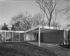 Mies van der Rohe's McCormick House