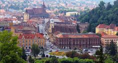 Ne place in Brasov! All Over The World, Paris Skyline, Brasov Romania, Mansions, House Styles, Places, Travel, Italia, Viajes