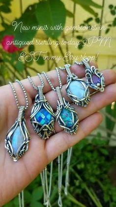 Wire Jewelry Patterns, Handmade Wire Jewelry, Wire Wrapped Jewelry, Artisan Jewelry, Diy Jewelry, Jewelry Design, Jewelry Making, Labradorite Jewelry, Gemstone Jewelry