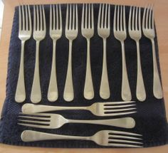 Set 12 Vintage Old English Stainless Nickel Silver Sheffield Dinner Forks Please RePinit and Thanks!