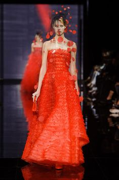Armani Privé at Couture Fall 2014 - Runway Photos
