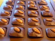 Ingrédients pour réaliser cette recette pour 8 personnes : -150 g dechocolat, -100 g desucre, - 80 g debeurre, -40 g d...