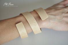 bracelet érable. wood bracelet, wooden jewelry  contemporary jewelery