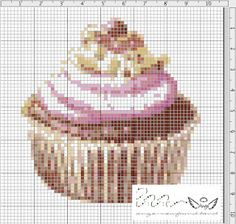 Ange's Blog: Grille gratuite...Cupcake à la crème. Not in English but it's cute it could be done on plastic canvas or as cross stitch