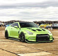 Nissan GT-R  Z_litwhips #NissanGTR
