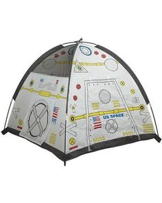 Is your kiddo an astronaut in training? Help their imaginations blast-off with this space module play tent.