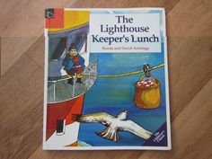 4 kids, 2 guinea pigs one happy family: The Lighthouse Keeper's Lunch Seaside Theme, Sea Theme, Lighthouse Keepers Lunch, School Projects, Projects To Try, Picture Story Books, People Who Help Us, Start The Party, Teaching Geography