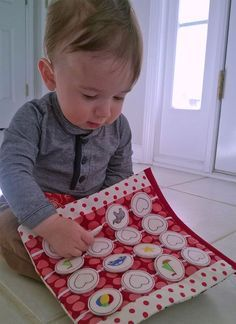 Memory game fun for babies! Baby Busy book by A Bit of Stitch SUPER IDEE