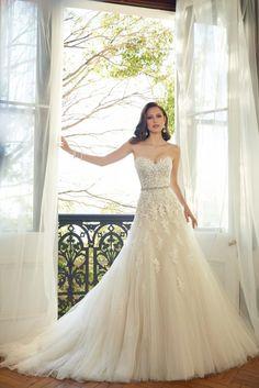 Sofia Tolli wedding dress. #weddingdress #wedding #weddinggown #weddinggown #bride #bridaldress #bridalgown