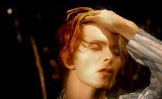 Google Image Result for http://www.nme.com/images/gallery/09123_165735_BOWIE7byGeoffMacCormackrockarchive77.jpg