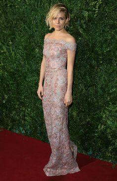 Evening Standard Theatre Awards 2014: Sienna Miller in Burberry