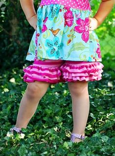 fairytale frocks and lollipops :: create kids couture, isla's knit ruffle shorts, girl, baby,infant, toddler, play, school, ruffle, summer, fall, spring, boutique, fluffy, designer, sewing, digital, download, pdf, e-pattern, pdf, e-book, tutorial, digipa