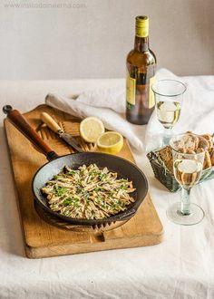 Boquerones amoragaos, sencillo plato tradicional, guisados en limón, aceite de oliva y ajo. Elaboración paso a paso con fotografías y consejos