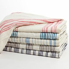 Robshaw designed these cotton throws to be multi-purpose: they're a great accessory to cozy up on a daybed with, drape over the arm of a sof...