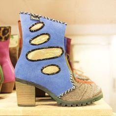 Nog even wat eye candy voor de late avond! Deze unieke handgemaakte schoenen van @pisaverde_schoenen zagen we bij @diezijner in #groningen  #alleenmaartoffewinkels #theartofshopping