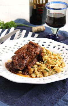Slow Cooker Braised Beef Short Ribs with Herbed Spaetzle - The Suburban Soapbox Braised Short Ribs, Beef Short Ribs, Braised Beef, Slow Cooked Meals, Crock Pot Slow Cooker, Slow Cooker Recipes, Cooking Short Ribs, Short Ribs Slow Cooker, Healthy Meat Recipes