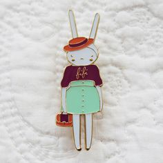 Fifi Lapin — Brooch Pin - The fifi lapin sweater Quirky Fashion, Kids Fashion, Nail Fashion, Style Fashion, Miss Bunny, Looks Style, My Style, Vintage Soul, Cute Pins