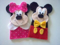Dedoches Minie e Mickey em feltro.  Ótima opção de lembrancinha de festa!!!   Consulte preço para quantidade.  A Minie também pode ser a de roupa vermelha!!!  Preço pelo kit com 2 personagens. R$6,00