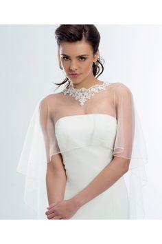 bolro poncho cape etole en dentelle et tulle sur robe ivoire accessoires - Etole Mariage Pas Cher