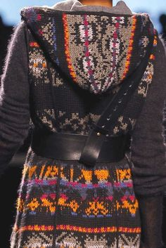 PATTERNS AND PRINTS INTO CATWALKS FROM BARCELONA FASHION WEEK  Aldo Martins woman fall/winter 2013/14.