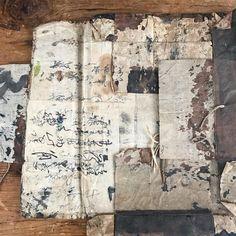 """le sentiment des choses on Instagram: """"Back from Japan with treasures ! The gallery is open! Paper, ink, wood, earth. Temps et pauvreté qui deviennent art. Venez prendre un thé…"""""""