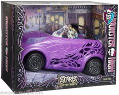 NEW - MONSTER HIGH SCARIS TRAVEL ACCESSORIES - CONVERTIBLE CAR ... RARE!