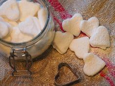 Itse tehtyjä karkkeja, caramels