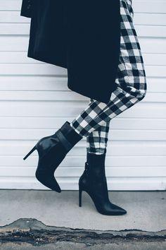 // Black & White