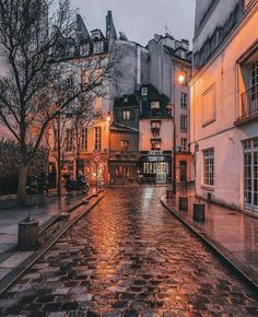 The Best Vacation Destinations In France – Travel In France Cozy Aesthetic, Autumn Aesthetic, Travel Aesthetic, Christmas Aesthetic, Aesthetic Backgrounds, Aesthetic Wallpapers, Nature Photography, Travel Photography, Street Photography