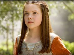 Lucy Pevensie (Georgie Henley)- The Chronicles of Narnia Lucy Pevensie, Susan Pevensie, Peter Pevensie, Edmund Pevensie, Narnia Lucy, Narnia Cast, Fiennes Ralph, Female Book Characters, Georgie Henley