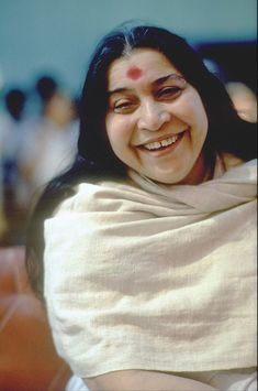Portraits of Shri Mataji Nirmala Devi from the early years Shri Ram Wallpaper, Sahaja Yoga Meditation, Aesthetic Galaxy, Shri Mataji, Mother Pictures, Divine Mother, Large Photos, Mother Earth, Abs