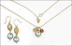 A ME & RO 10 KARAT YELLOW GOLD, GRAY CULTURED PEARL, AND CORAL NECKLACE. Lot 150-7277 #jewelry