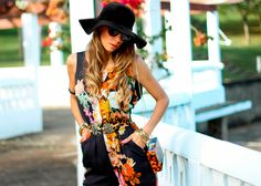 Jumpsuit floral - Blog Decor e Salto Alto  #ootd #lookdodia #darkfloral