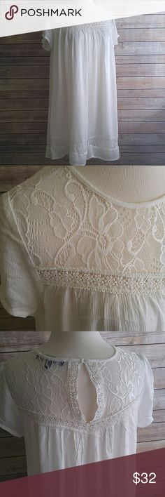 """Lovely lace tent dress So pretty! Off white. Lined from bust down. Keyhole button back. Gauzy look fabric. Rayon, polyester, spandex. One Clothing Los Angeles for Nordstrom.   31.5"""" length. 18"""" across bust. one clothing Dresses"""