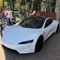 Tesla Roadster at the Tesla Shareholder meeting last week at Mountain View By @teslamogul New Tesla Roadster, Car Buying Tips, Car Shop, Amazing Cars, Lamborghini, Ferrari, Dreams, Electric, Luxury Cars