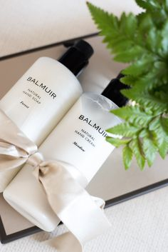 balmuir cosmetics Body Spa, Bath And Body, Beauty Skin, Beauty Makeup, Good Beauty Routine, Modern Rustic Decor, Mood And Tone, Natural Cosmetics, Hand Cream