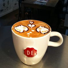 Coffee Art - Fish love - how do I find this place!!??!?