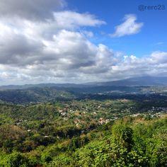 Vista desde el Cerro de Nandy en San Lorenzo, Puerto Rico.