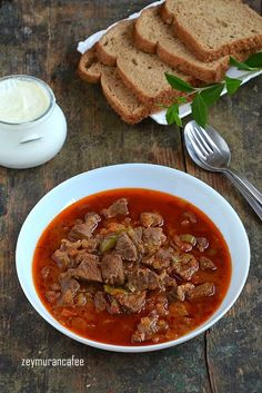 Et Sote Yemeği Tarifi – Et Yemekleri – The Most Practical and Easy Recipes Lunch Recipes, Meat Recipes, Dinner Recipes, Turkish Recipes, Ethnic Recipes, Spaghetti And Meatballs, Iftar, Pot Roast, Food And Drink