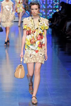 Dolce & Gabbana Spring 2012 Ready-to-Wear Fashion Show: Complete Collection - Style.com