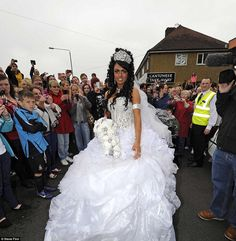 Big big wedding dress