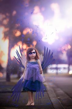 A Mother Captured Beautiful Images of Her One-Handed Daughter to Prove Her Potential Is 'Endless' - Mic